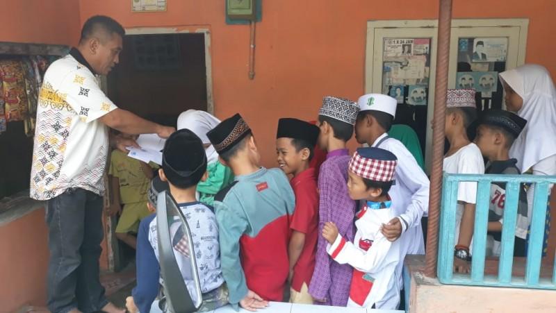 Fraksi PKS Santuni Anak Yatim di Eks Lokalisasi Panjang
