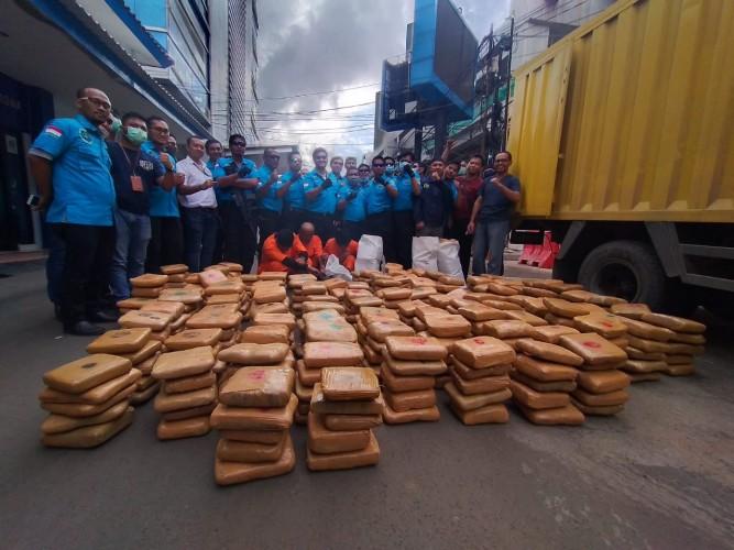 Ganja 600 Kg Dikendalikan dari LP Tangerang
