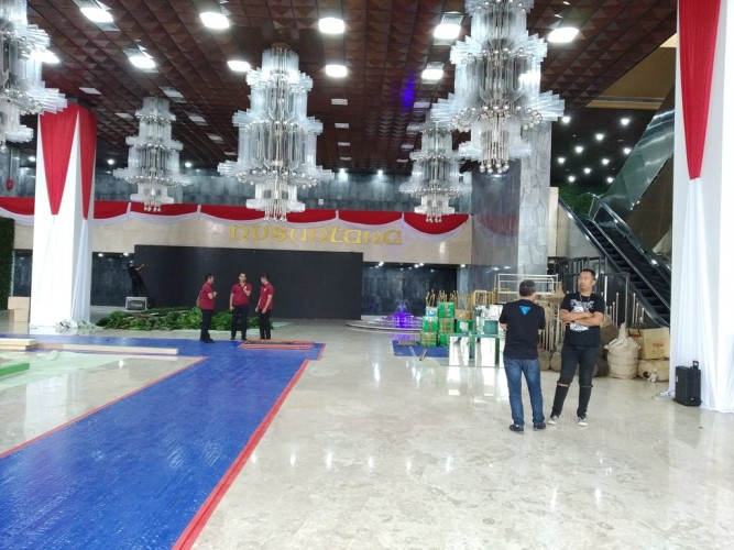 Gedung DPR Bersolek Jelang Pelantikan Presiden