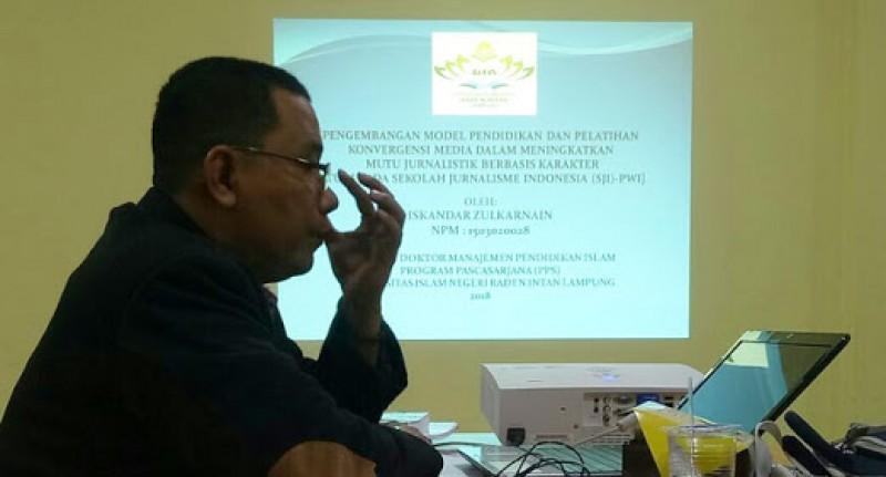 Gelar Doktor Pemred Lampung Post Merupakan Kado Terindah