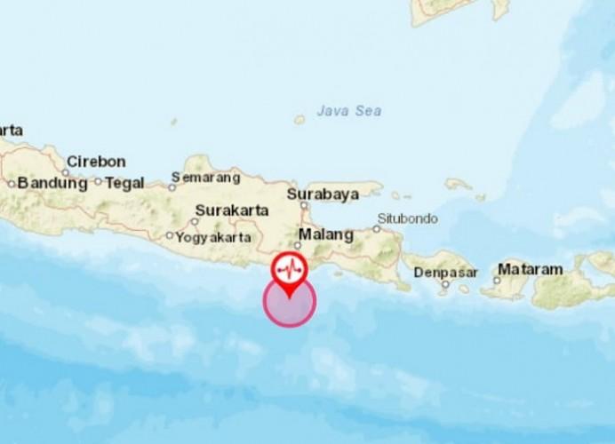 Gempa 6,7 Magnitudo Guncang Malang