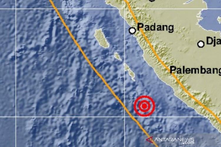 Gempa Magnitudo 6,9 Guncang Bengkulu