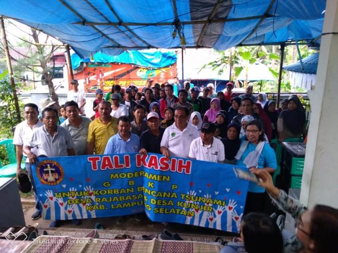 Gereja Batak Karo Protestan Salurkan Bantuan untuk Korban Tsunami