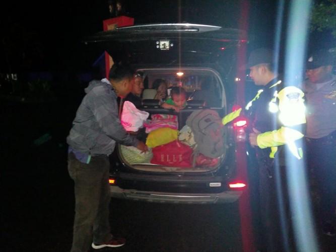 Giat Patroli Malam untuk Cegah Kriminalitas di Lambar