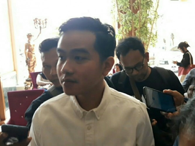 Gibran Tertarik Kerja Bareng Putra Prabowo Subianto
