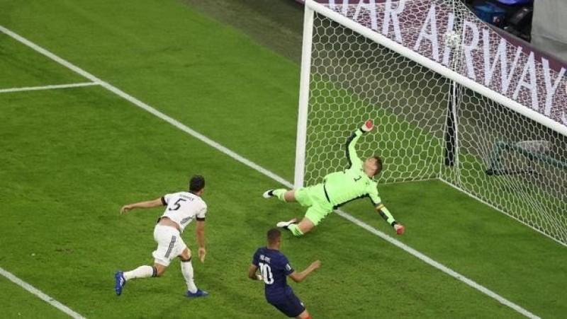 Gol Bunuh Diri Hummels Beri Kemenangan Prancis
