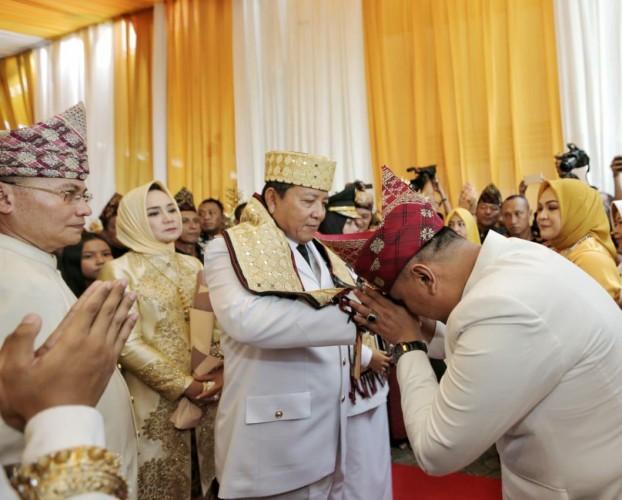 Gubernur dan Wagub Disambut Suka Cita