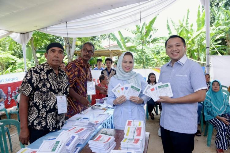 Gubernur Lampung M. Ridho Ficardo Nyoblos di TPS 010 Sumur Batu