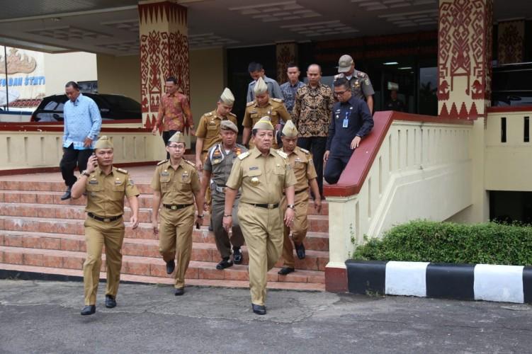 Gubernur Lampung Pimpin Apel Besar di Lingkungan Pemprov Lampung