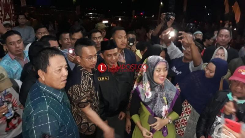 Gubernur Lampung Tenangkan Pengungsi