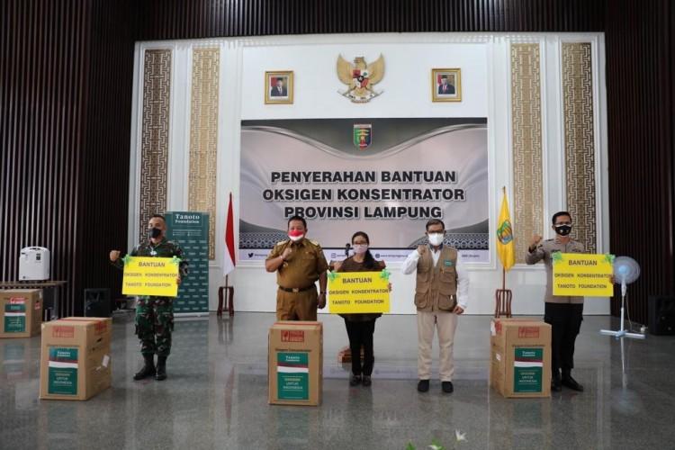 Gubernur Lampung Terima Bantuan Oksigen Konsentrator dari Tanoto Foundation