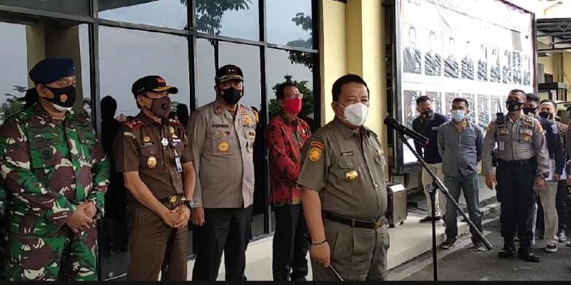Gubernur Sayangkan Demo Omnibus Law Berujung Ricuh
