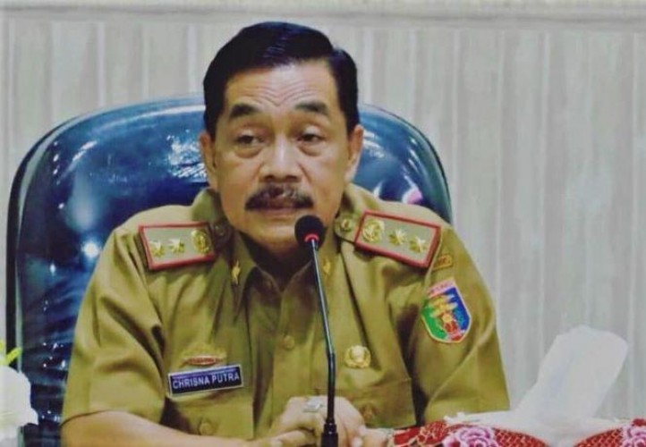 Gubernur Undang Kepala Daerah dan Stakeholder Sosialisasikan UU Cipta Kerja