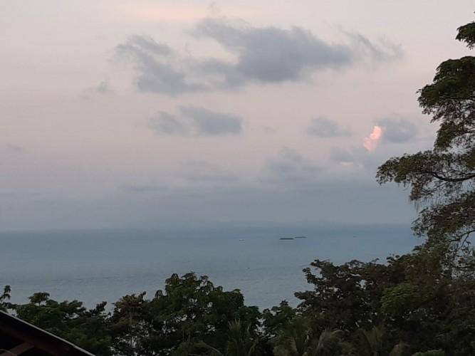 Gunung Anak Krakatau Lima Kali Erupsi