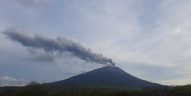 Gunung Ili Lewotolok NTT Kembali Erupsi