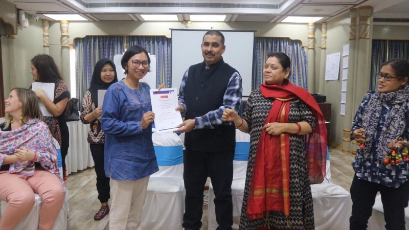 Guru Binaan YPA-MDR Ikuti Pelatihan Pendidikan di India