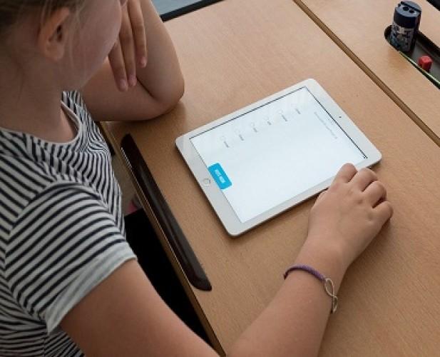 Guru Dituntut Adaptif dengan <i>Net Generation</i>