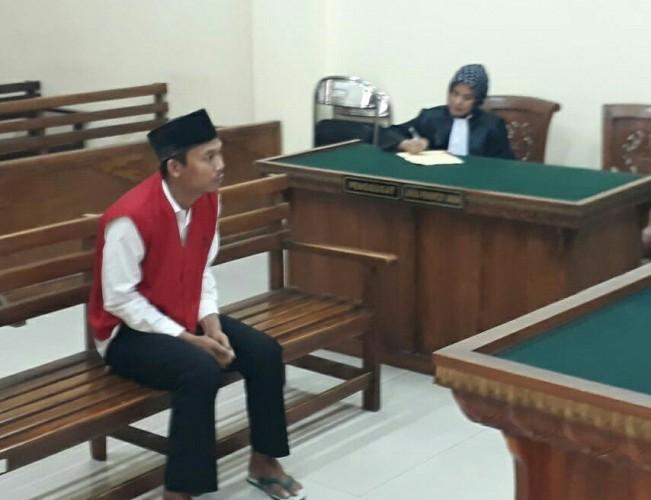 Hakim Vonis Kurir Narkotika 17,6 Tahun