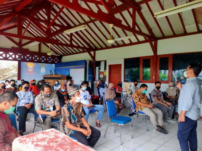 Halalbihalal Lampung Post, Abdul Khohar Pesan Jalankan Agama secara Rileks