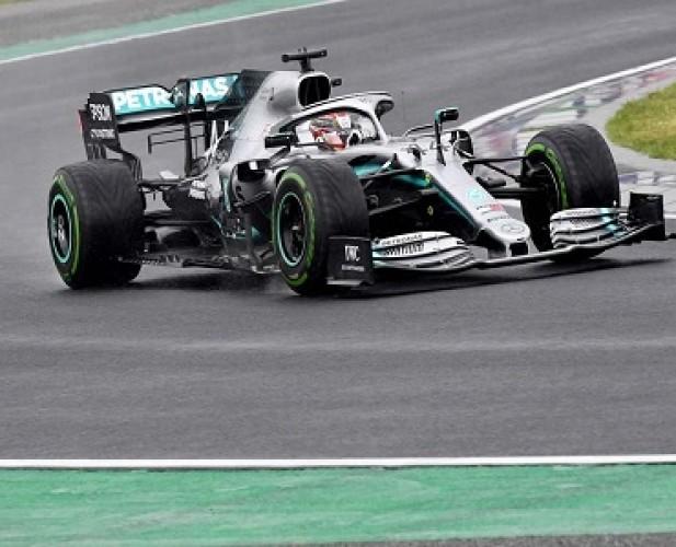 Hamilton Tercepat, Mercedes Berjaya di FP 2 F1GP Austria