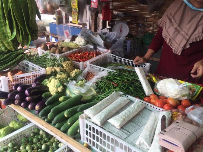 Harga Cabai di Pasar Tradisional Alami Penurunan