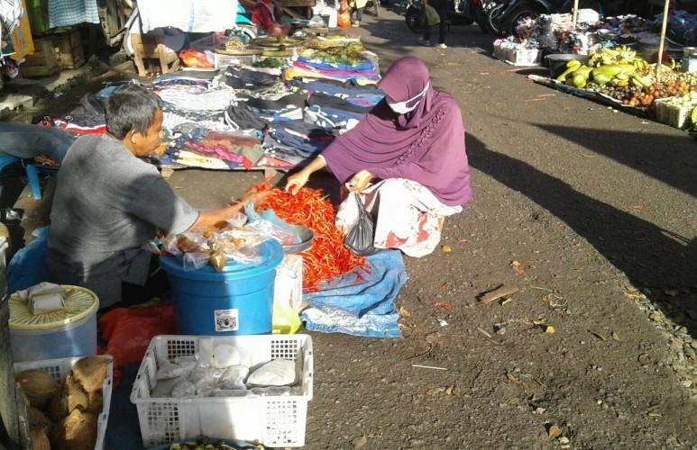 Harga Cabai Merah Anjlok di Lampung Utara