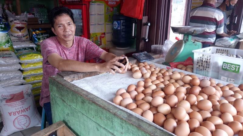 Harga Telur Ayam di Kotabumi Terus Menurun