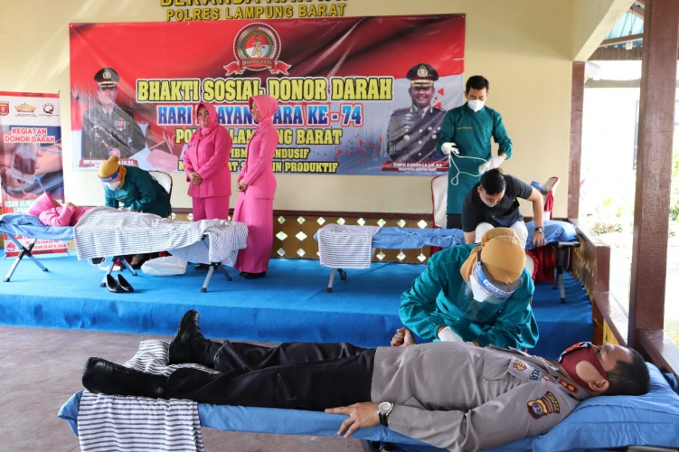 Hari Bhayangkara, Polres Lambar Kumpulkan 78 Kantong Darah