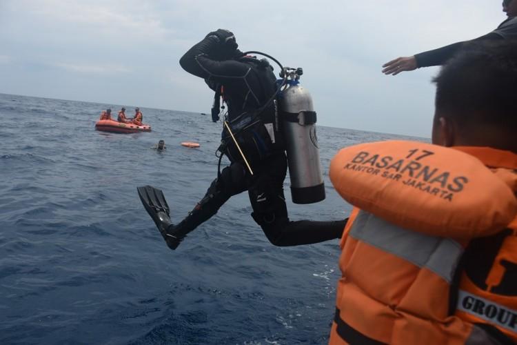 Hari ke-10, Tim SAR Fokuskan Pencarian Puing dan Jenazah Penumpang Sriwijaya Air SJ182