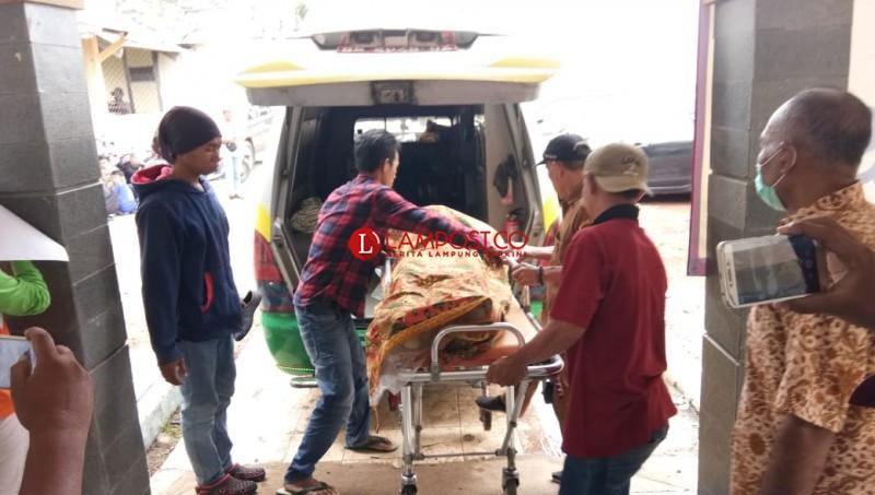 Hari Kedua Ditemukan 18 Jenazah, Total Korban Gelombang Laut 76 Orang
