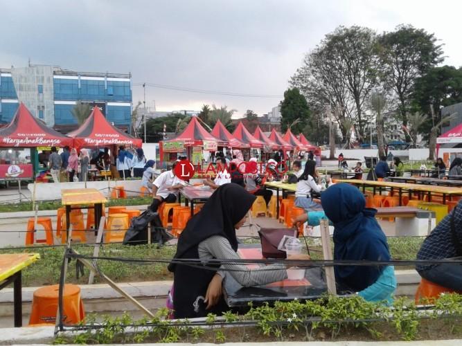 Hari Pertama Festival Kanikan Diserbu Masyarakat