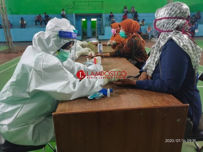 Hasil <i>Rapid Test</i> PPDP Kota Metro, Satu Petugas Reaktif Covid-19