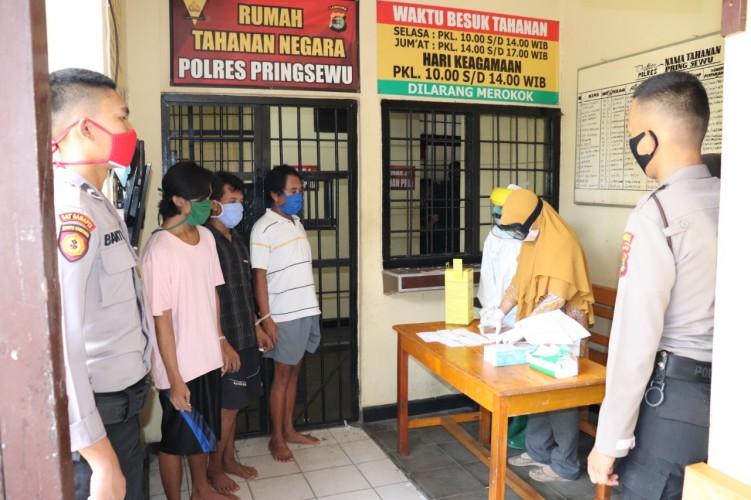 Hasil Rapid Test 60 Tahanan Polres Pringsewu Non-Reaktif