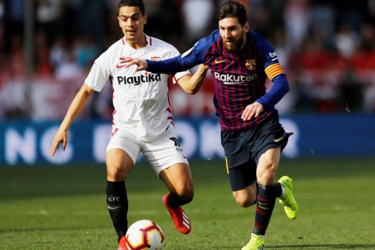 Hat-trick ke-50 Messi Bawa Barcelona Tekum Sevilla 4-2