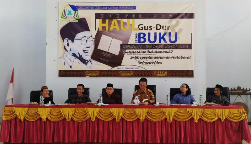 Haul Gus Dur ke 10, Kepalas Literasi Bedah Buku Undang-undang Adat Krui