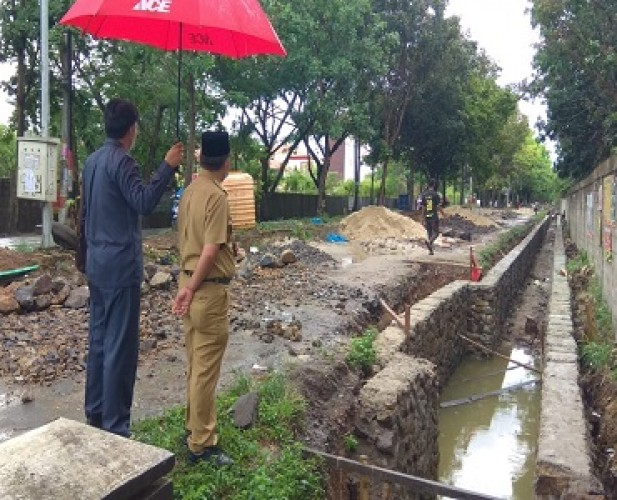 Herman HN Ajak Warga Jaga Kebersihan Sungai