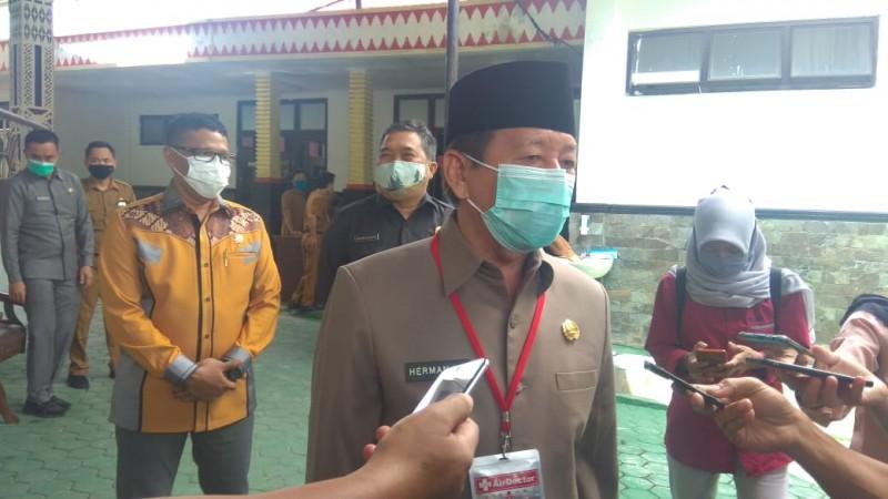 Herman HN Ancam Tutup Minimarket yang Langgar Protokol Kesehatan