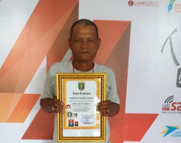 Hibahkan Pecahan Uang Republik Indonesia Serikat, Bahir Dapat Penghargaan