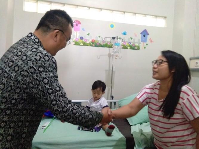 Hotel Horison Berbagi Kebahagiaan dengan Pasien Anak RS Advent
