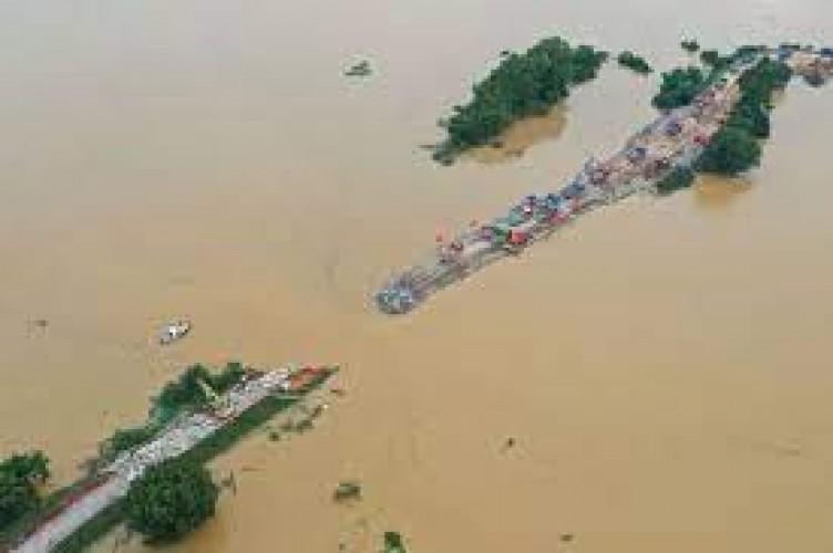 Hujan Deras Terus Menerus Sebabkan Banjir di Tiongkok