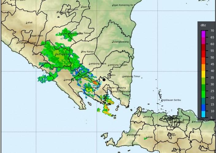 Hujan Lebat dan Petir Masih Ancam Lampung