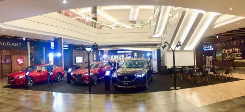 HUT Ke-2, PT EMI Gelar Mazda Anniversary Exhibition