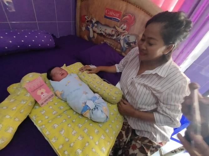 <i>Detik Detik Peserta Seleksi CPNS di Lampung Melahirkan Saat Tes</I>