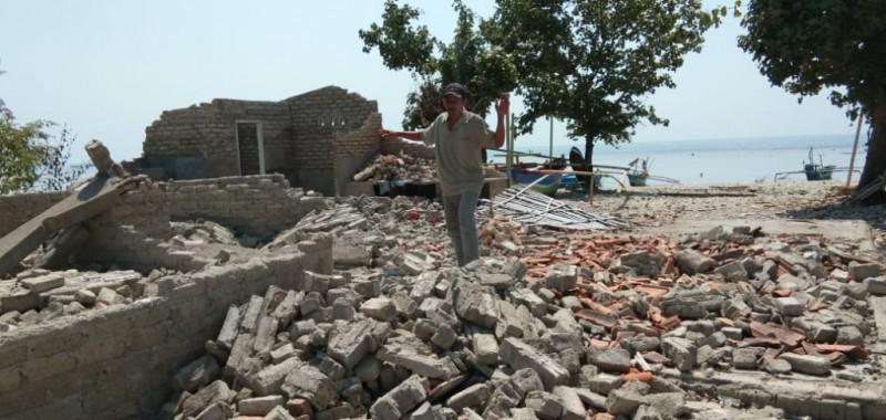 <i>Kenangan Ngeri Bencana Tsunami Terjang Pulau Sebesi</i>