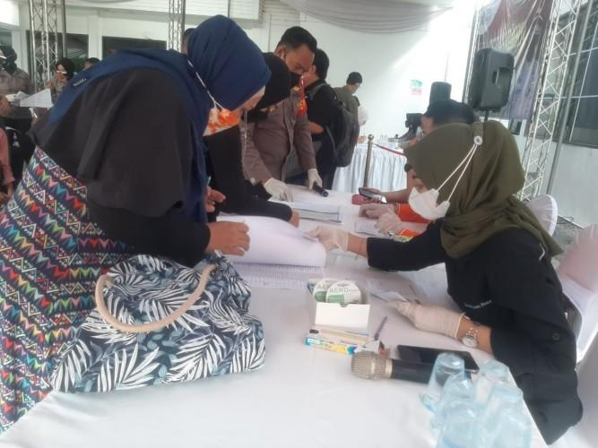 <i>Lampung Post</i> Gelar Vaksinasi Covid-19 Sebanyak 200 Dosis