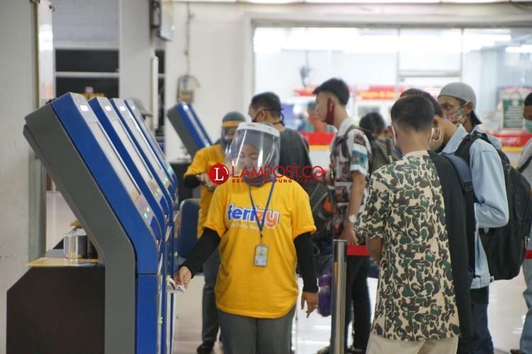 <i>Long Weekend</i>, ASDP Imbau Beli Tiket Online Jauh Hari