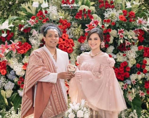 Ibunda Indah Doakan Pernikahan Arie Kriting Tak Langgeng