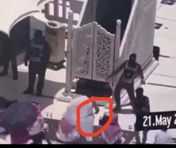 Imam Masjidil Haram Diserang Pria Bersenjata saat Ceramah
