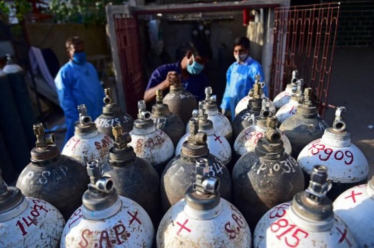 India Krisis Oksigen akibat Kasus Covid-19 Meroket