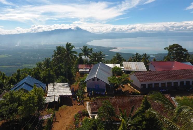 Investasi Rp8 Miliar, PLN UID Lampung Nyalakan Listrik 6 Desa di Tanggamus